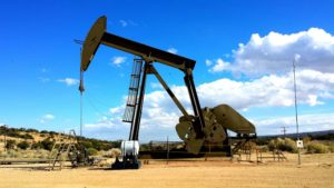 30 Ways to Use Your GIS in the Oil and Gas Industry